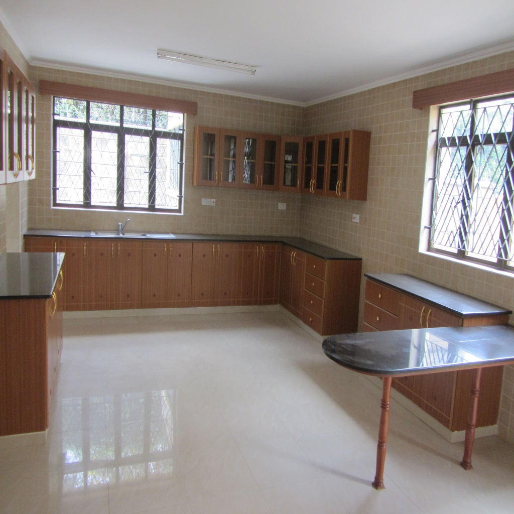 5-bedroom Townhouse For Rent In Lavington (2 Units